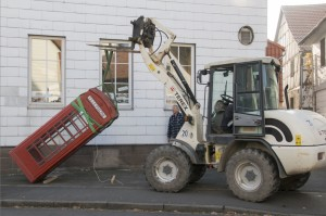 Telefonzelle mit Migrationshintergrund in Rosdorf